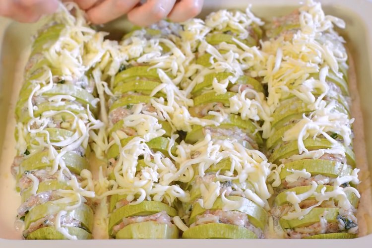 Тиквичките приготвени така стават истински кулинарен шедьовър