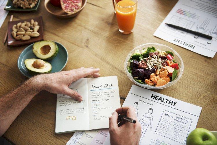 Митове за отслабването: Защо броенето на калории и био храните не са ключ към загубата на тегло