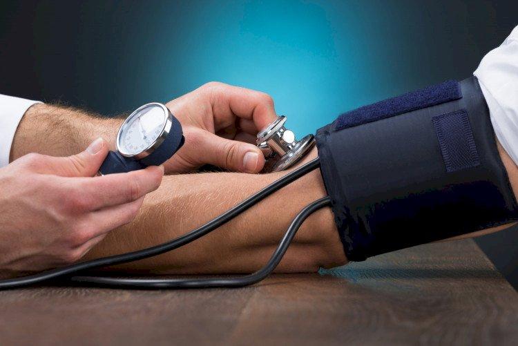 Подробна ТАБЛИЦА с нормалното кръвно за всички възрасти