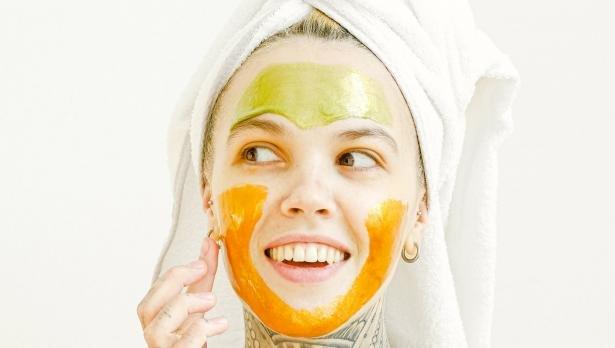 Хубава кожа у дома! 5 маски за лице, които да си направите сами